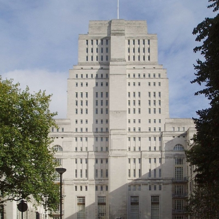 800px-Senate_House,_University_of_London